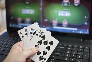 Bermain Poker Online Dengan Baik
